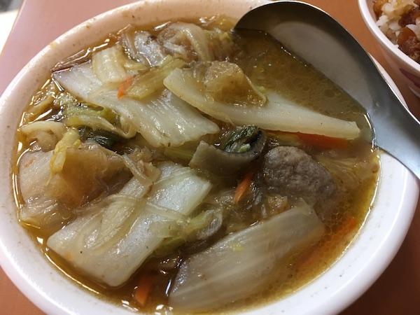 白菜煮 黄記魯肉飯